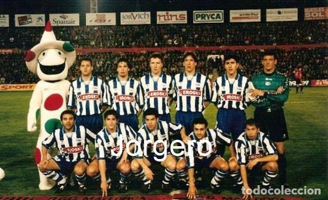 D. ALAVÉS. ALINEACIÓN PARTIDO DE LIGA 1995-1996 EN EL LLUIS SITJAR CONTRA EL MALLORCA. FOTO (Coleccionismo Deportivo - Documentos - Fotografías de Deportes)