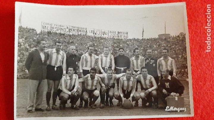 FOTO FUTBOL VALENCIA CF 3 SAN LORENZO DE ALMAGRO DE ARGENTINA 1 EN MESTALLA 1963 ORIGINAL FF8 (Coleccionismo Deportivo - Documentos - Fotografías de Deportes)