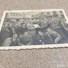 Coleccionismo deportivo: ANTIGUA FOTOGRAFIA..HOMENAJE A JOSE LUIS TALAMILLO....1958.... Lote 236710345