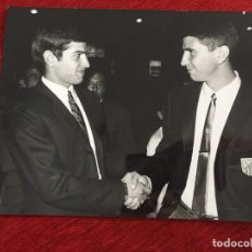 Coleccionismo deportivo: F13529 FOTO FOTOGRAFIA ORIGINAL DE PRENSA REAL MADRID MIGUEL PEREZ PACHECO ATLETICO MADRID. Lote 237542860