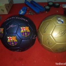 Coleccionismo deportivo: BALONES MADRID Y BARSA FIRMADOS. Lote 244589645
