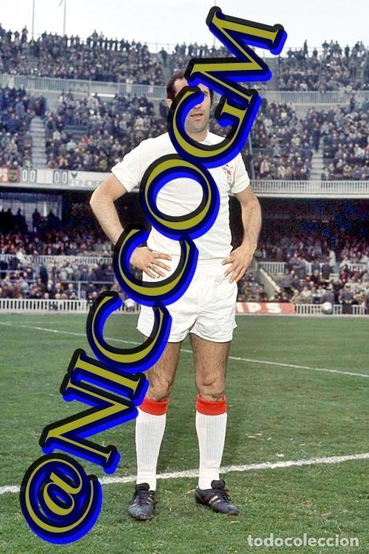 ELOY SEVILLA FC FOTOGRAFIA FUTBOL JUGADOR 10X15 CENTIMETROS BUENA CALIDAD (Coleccionismo Deportivo - Documentos - Fotografías de Deportes)