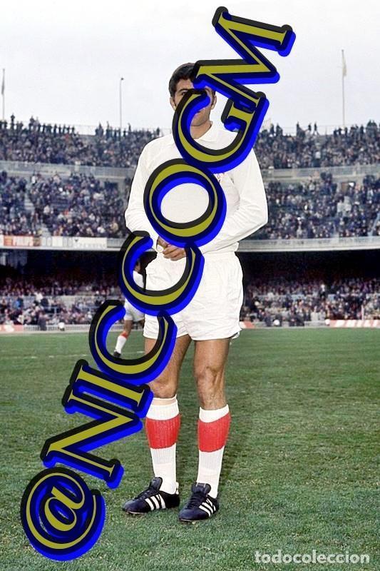 SANTOS SEVILLA FC FOTOGRAFIA FUTBOL JUGADOR 10X15 CENTIMETROS BUENA CALIDAD (Coleccionismo Deportivo - Documentos - Fotografías de Deportes)