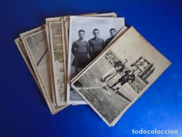 (F-210428)LOTE DE 17 FOTOGRAFIAS FUTBOL AÑOS 30 Y 40. (Coleccionismo Deportivo - Documentos - Fotografías de Deportes)