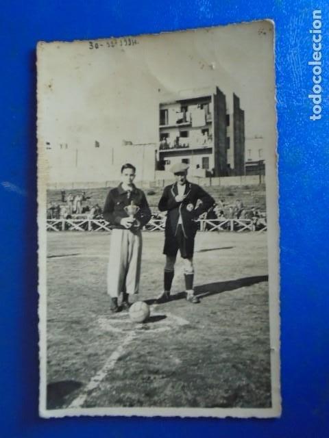 Coleccionismo deportivo: (F-210428)LOTE DE 17 FOTOGRAFIAS FUTBOL AÑOS 30 y 40. - Foto 2 - 257278090