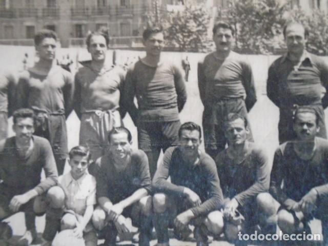Coleccionismo deportivo: (F-210428)LOTE DE 17 FOTOGRAFIAS FUTBOL AÑOS 30 y 40. - Foto 29 - 257278090