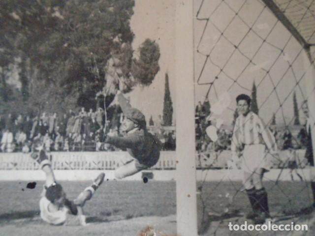 Coleccionismo deportivo: (F-210428)LOTE DE 17 FOTOGRAFIAS FUTBOL AÑOS 30 y 40. - Foto 38 - 257278090