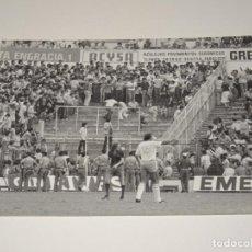 Coleccionismo deportivo: FOTOGRAFIA DEL PARTIDO DEL FC BARCELONA - R ZARAGOZA , TEMP. 78 / 79 , 18 X 13 CM, BUEN ESTADO. Lote 262912725