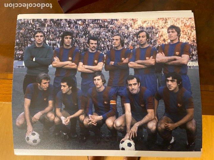 FOTOGRAFIA DEL BARCELONA CON JOHAN CRUYFF ASENSI REXACH Y OTROS 28X22 APROX (Coleccionismo Deportivo - Documentos - Fotografías de Deportes)
