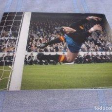 Coleccionismo deportivo: FOTO MATE(15 X 20)-MUNDIAL INGLATERRA 1966 ARGENTINA-ESPAÑA-IRIBAR. Lote 268891009