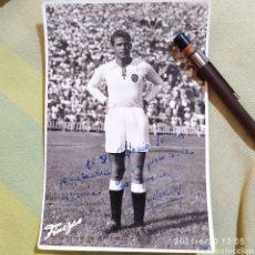 Coleccionismo deportivo: FOTO FINEZAS FÚTBOL VALENCIA PUCHADES DEDICADA Y FIRMADA AUTÓGRAFO ORIGINAL. Lote 270216393