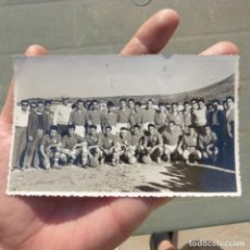 Coleccionismo deportivo: ANTIGUA FOTO DE 1953 , PARTIDO DE FUTBOL CELTA DE VIGO CONTRA DENIA , CAMPO DEL RODAT. Lote 274020113