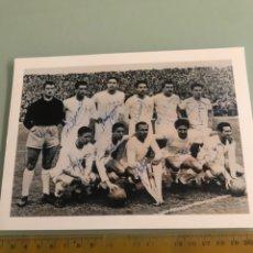 Coleccionismo deportivo: REAL MADRID CAMPEÓN COPA DE EUROPA FOTOGRAFÍA CON AUTÓGRAFOS IMPRESOS. Lote 288346033