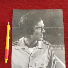 Coleccionismo deportivo: F16052 FOTO FOTOGRAFIA ORIGINAL DE PRENSA FRANZ BECKENBAUER BAYERN MUNCHEN ALEMANIA. Lote 289489833