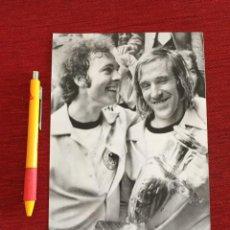 Coleccionismo deportivo: F16053 FOTO FOTOGRAFIA ORIGINAL DE PRENSA FRANZ BECKENBAUER NETZER CAMPEONES EUROCOPA 1972. Lote 289489903