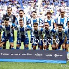 Colecionismo desportivo: R.C.D. ESPANYOL. ALINEACIÓN PARTIDO DE LIGA 2018-2019 EN CORNELLÁ CONTRA AT. MADRID. FOTO. Lote 293676303