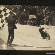 Coleccionismo deportivo: MOTOCICLISMO-CARRERA DE MOTOS-FOTOGRAFIA-VER FOTOS-(K-4491). Lote 295738608
