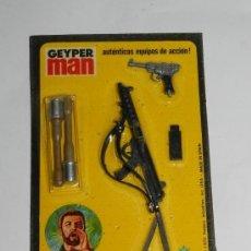 Geyperman: BLISTER ACCESORIO GEYPERMAN, AMETRALLADORA PISTOLA LUGER, 2 BOMBAS MANO, REF. 7309, A ESTRENAR. MUY. Lote 233483260