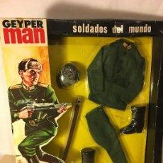 Geyperman: ANTIGUA CAJA GEYPERMAN UNIFORME SOLDADO RUSO REF. 7109/1 ORIGINAL AÑOS 70. Lote 135957325