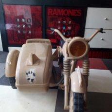 Geyperman: MOTO CON SIDECAR DESIERTO. Lote 125776066