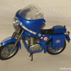 Geyperman: ANTIGUA MOTO GENDARMERIE DE ACTION JOE EL GEYPERMAN FRANCÉS - AÑO 1970S.. Lote 235825465