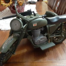 Geyperman: MOTO CON SIDECAR GEYPERMAN. Lote 262396590