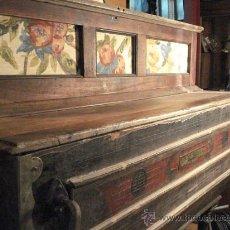 Instrumentos musicales: ORGANILLO RESTAURADO POMBIA BARCELONA DEL TALLER DE LUÍS CASAL. AÑO 1870 APROX.. Lote 18126461