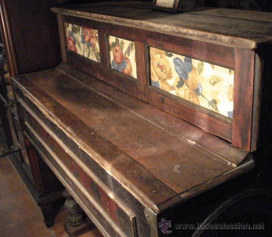 Instrumentos musicales: Organillo restaurado Pombia Barcelona del taller de Luís Casal. Año 1870 aprox. - Foto 2 - 18126461