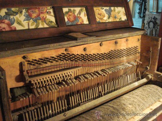 Instrumentos musicales: Organillo restaurado Pombia Barcelona del taller de Luís Casal. Año 1870 aprox. - Foto 6 - 18126461