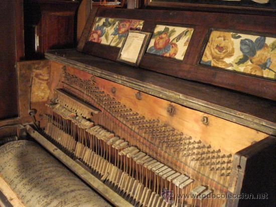 Instrumentos musicales: Organillo restaurado Pombia Barcelona del taller de Luís Casal. Año 1870 aprox. - Foto 7 - 18126461