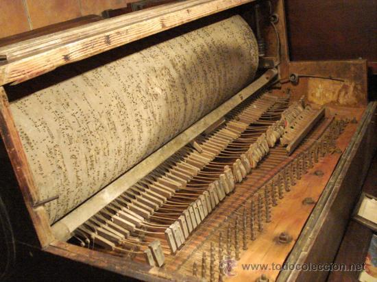 Instrumentos musicales: Organillo restaurado Pombia Barcelona del taller de Luís Casal. Año 1870 aprox. - Foto 8 - 18126461