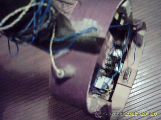 Instrumentos musicales: Curiosa guitarra pequeña convertida en aparato telefónico y/o radio. - Foto 6 - 26953322