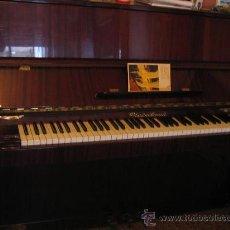 Instrumentos musicales: EXCELENTE. PIANO VERTICAL. FABRICACIÓN SOVIETICA.MARCA ROSTOV DON. MODELO CHAIKOVSKI. CERTIFICADO.. Lote 27251721