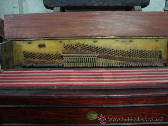 Instrumentos musicales: Esplendido y antiguo organillo o piano de manubrio - Foto 4 - 30983993