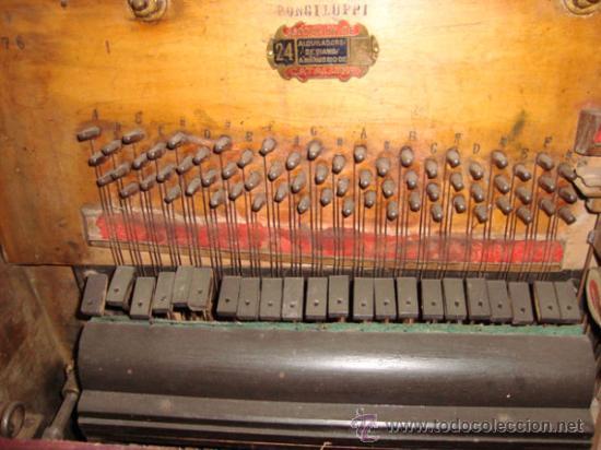 Instrumentos musicales: Esplendido y antiguo organillo o piano de manubrio - Foto 3 - 30983993