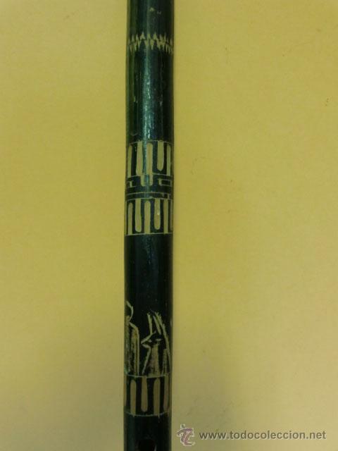 Instrumentos musicales: Flauta verde con dibujos. Le falta la boquilla - Foto 3 - 32154578