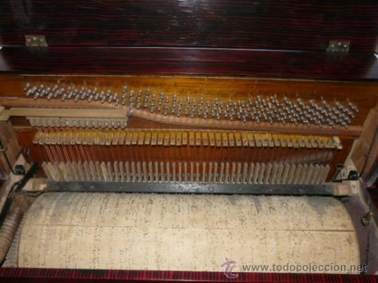 Instrumentos musicales: Organillo de manubrio italiano. Restaurado. Año 1900 aprox. - Foto 9 - 32540356