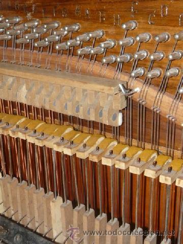 Instrumentos musicales: Organillo de manubrio italiano. Restaurado. Año 1900 aprox. - Foto 10 - 32540356