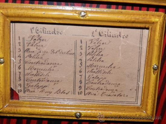 Instrumentos musicales: Organillo de manubrio italiano. Restaurado. Año 1900 aprox. - Foto 11 - 32540356