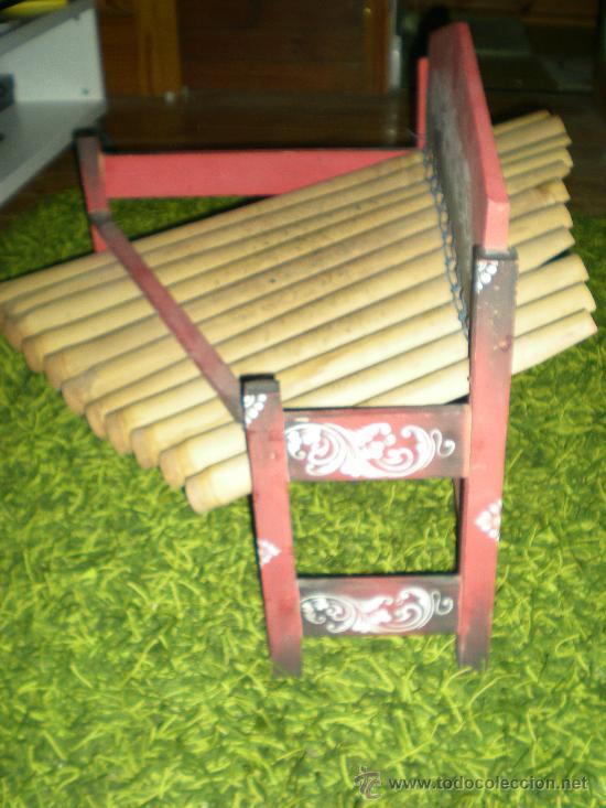 Instrumentos musicales: xilofono de madera y bambu pintado a mano mide 68 x 47 x 68 cm mediados siglo XIX - Foto 3 - 32895121
