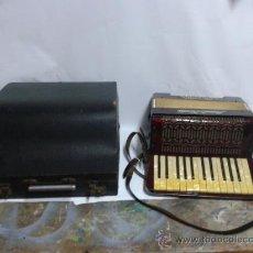 Instrumentos musicales: ACORDEON ACORDEON MEINEL & HEROLD. Lote 34242466