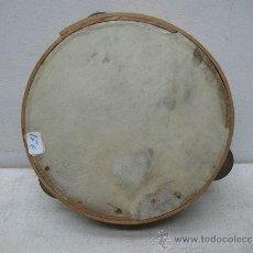 Instrumentos musicales: ANTIGUA PANDERETA DE MADERA. Lote 35757958