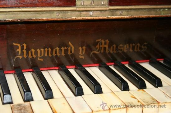 Instrumentos musicales: antiguo piano de pared - Foto 5 - 35765355