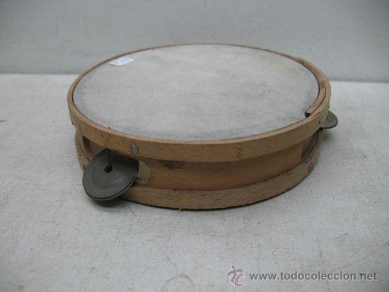 Instrumentos musicales: Antigua pandereta de madera - Foto 2 - 35757951