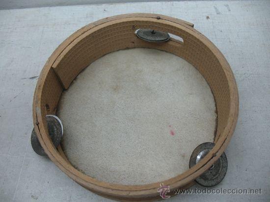 Instrumentos musicales: Antigua pandereta de madera - Foto 3 - 35757951