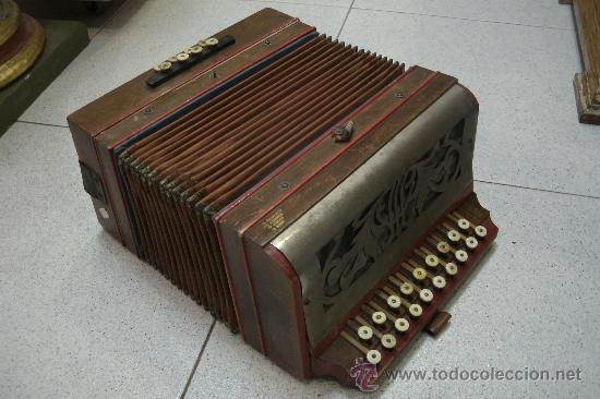 ANTIGUO ACORDEÓN - BANDONEÓN ORIGINAL DE PRINCIPIOS DEL S. XX EN MADERA Y TECLAS DE HUESO (Música - Instrumentos Musicales - Viento Madera)