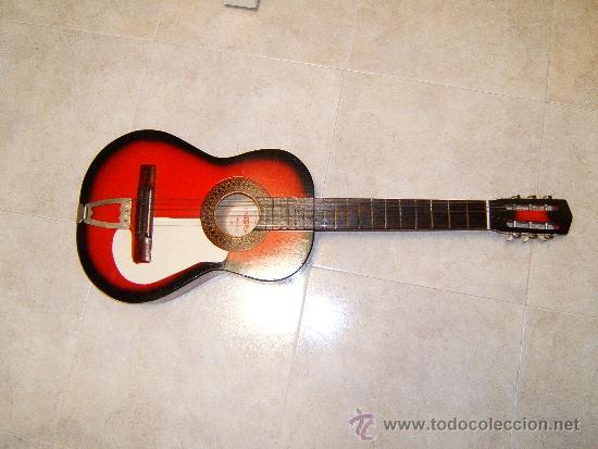 GUITARRA CLASICA ACUSTICA ESPAÑOLA CON TIRADOR FIJO -ARTESANIA BATLLE-GERONA - 1969 ? COLECCIONISTAS (Música - Instrumentos Musicales - Guitarras Antiguas)
