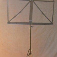 Instrumentos musicales: ATRIL PLEGABLE EN METAL. Lote 153901461