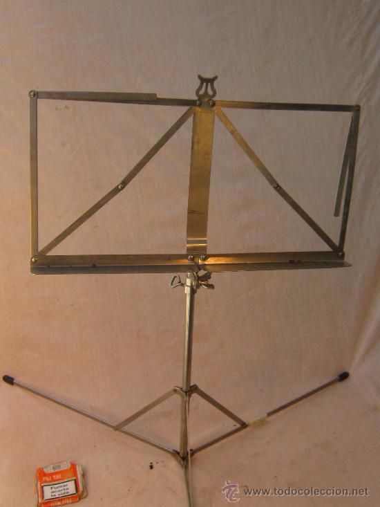 Instrumentos musicales: ATRIL PLEGABLE EN METAL - Foto 2 - 153901461
