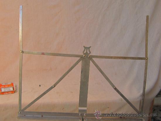 Instrumentos musicales: ATRIL PLEGABLE EN METAL - Foto 3 - 153901461